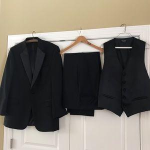 Jos A. Banks Executive Collection 3 Piece Tuxedo